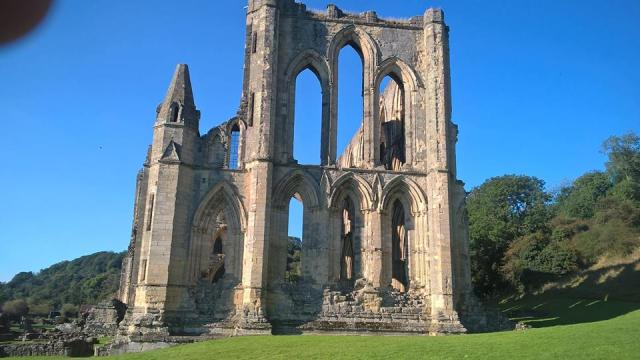 at rievaulx abbey4