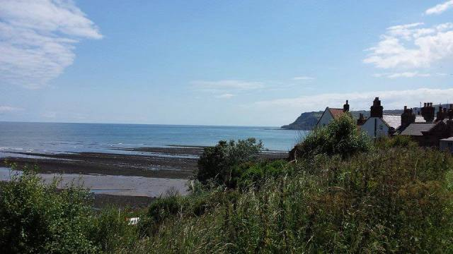 at robin hoods bay2